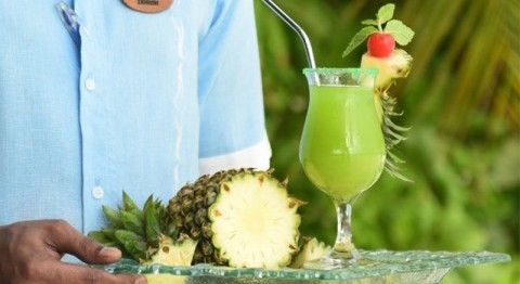YOU ARE WELCOME! CELEBRATE INTERNATIONAL PINEAPPLE WEEK WITH COCO BODU HITHI