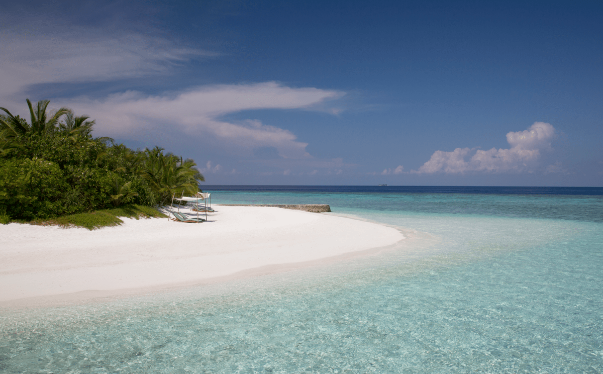 Bodu-Hithi-Beach-Holidays.png